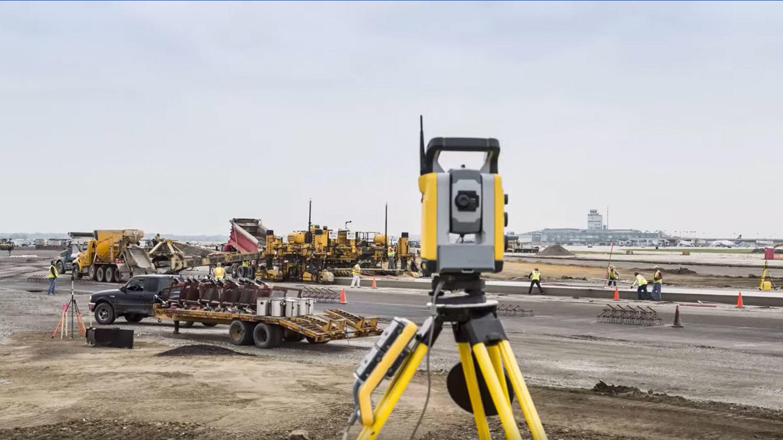 trimble total station and hot swap